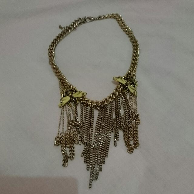 Insect's Necklace