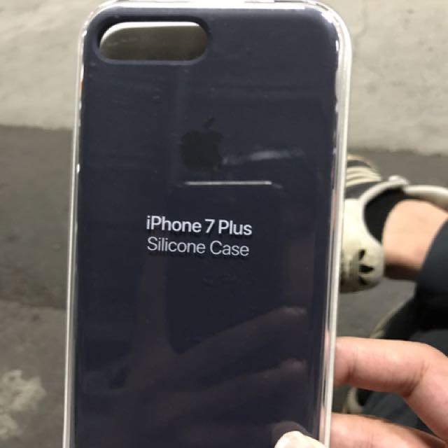 iPhone7 plus 午夜藍 矽膠殼