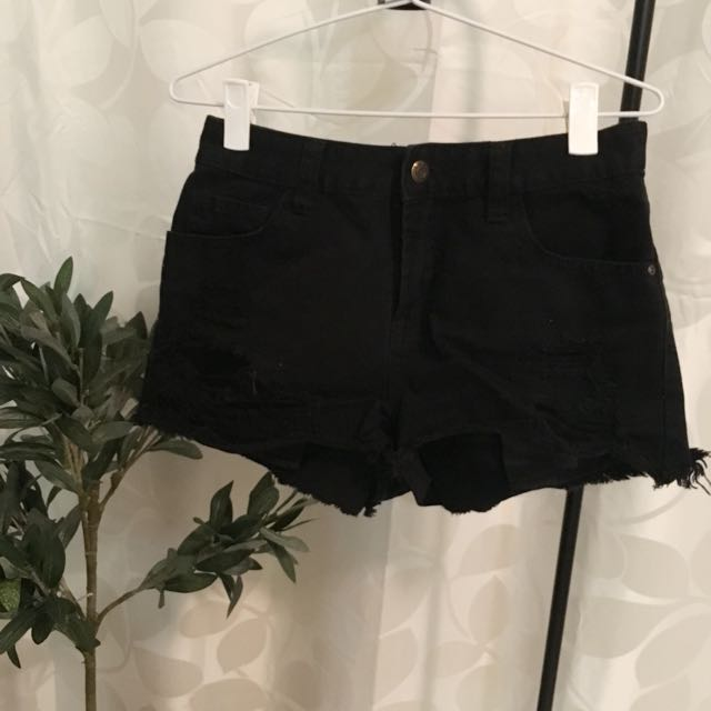 Jay Jays (size 8)- Black Denim Short Shkets
