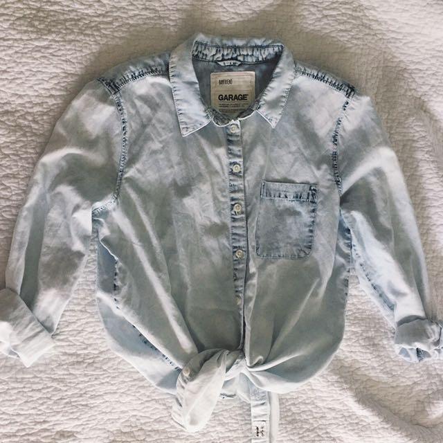 Lightwash Denim Style Button Shirt