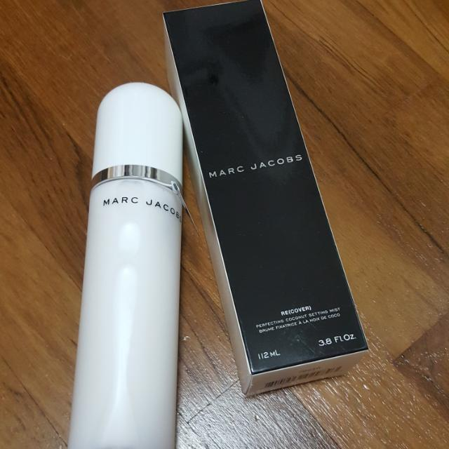 30a902439ffa Marc Jacobs Beauty Re(cover) Perfecting Coconut Setting Mist 112ml ...