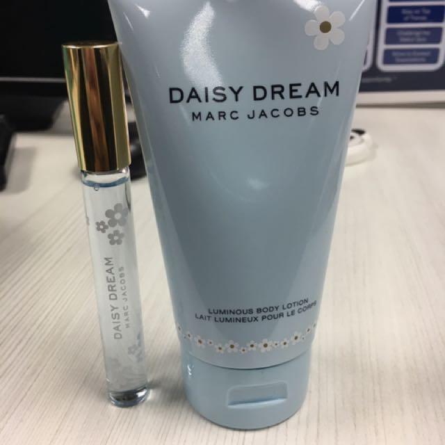 Marc Jacobs Daisy Dream Lotion