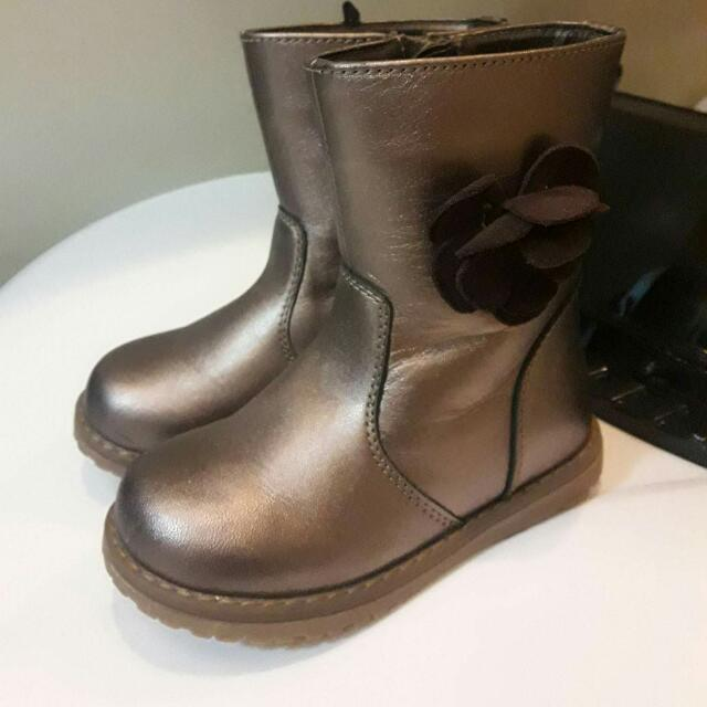 Mother Care Size UK 7