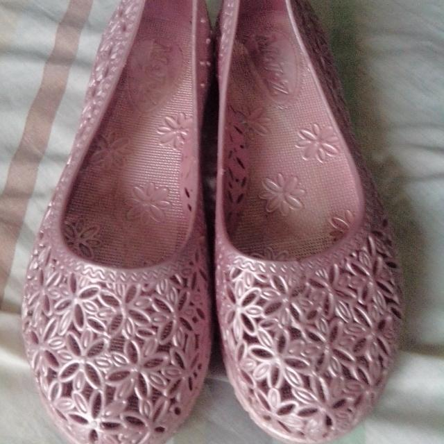 Old Rose Jelly Shoes