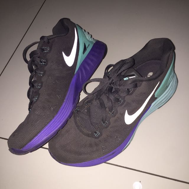 Original Nike Running Shoes Sepatu