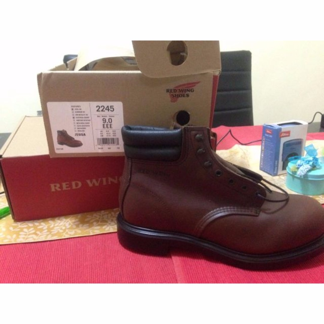 Red Wing 2245 US8.5 Brand New