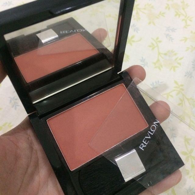 Revlon Blush On - Tawny Red