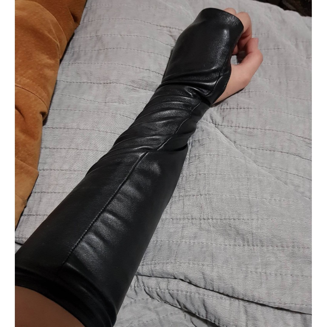 Seduce Real Leather Fingerless Gloves
