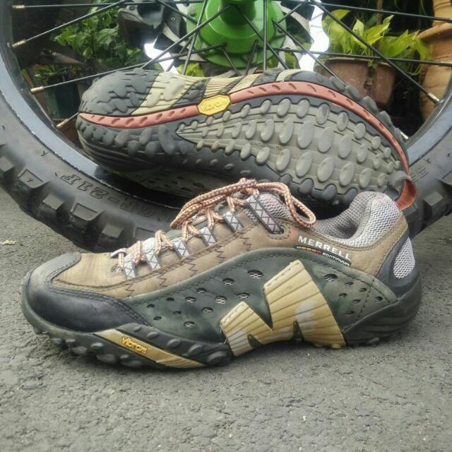 Sepatu Tracking Merrel 337bef0cb9