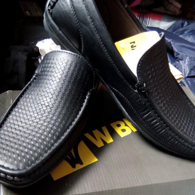 WBrown Black Shoes
