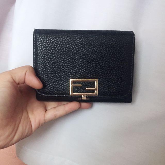 www black leather wallet