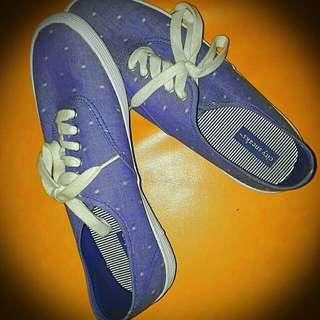 City Sneaks Sneakers