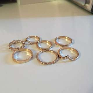 set of gold rings