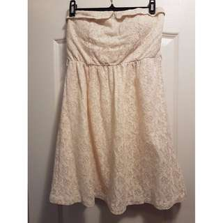 👗 NEW Urban Planet White Strapless Lace Dress