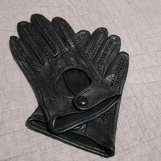Dents Black Sheepskin Gloves