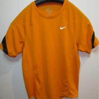 nike dri-fit shirt size s