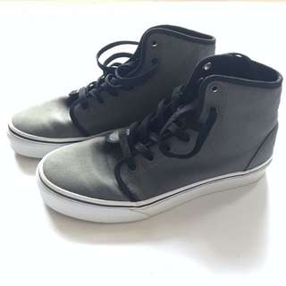 VANS Shoes (NEW)