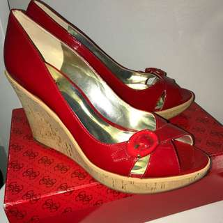 'GUESS' PATENT WEDGES