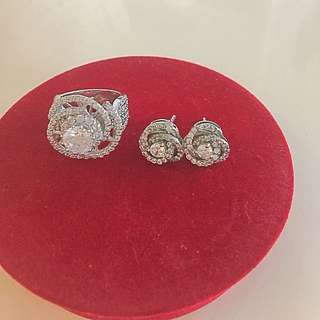 Floral Ring And Earring Set