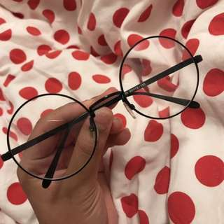 Black Circle Glasses