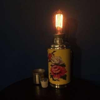 懷舊暖水壺燈