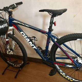 mountain bike (giant) 27.5 m