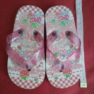 Sandal Strawberry Pink Imut