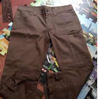 pants brown