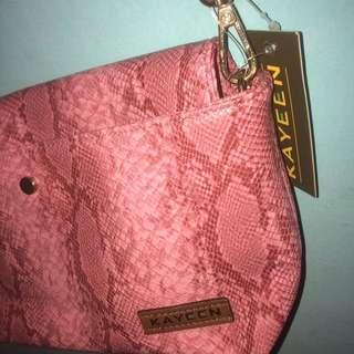 Kayeen Sling Bag