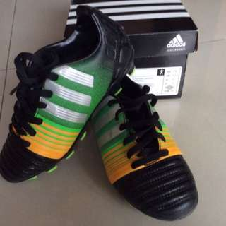 Boy's Adidas Football Boots
