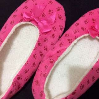 Pink Paw Print Bedroom slippers
