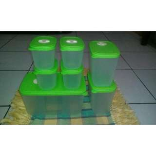 Frizzy Green Set Tupperware (Tanpa Dus)