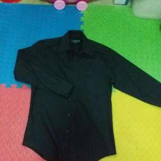 Crocodile 黑色長袖恤衫,八成新,14-1/2,31