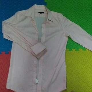 G2000 Black Label , 白底紅間 ,長袖(反袖)袖口鈕 恤衫,八成半新,14-1/2,32