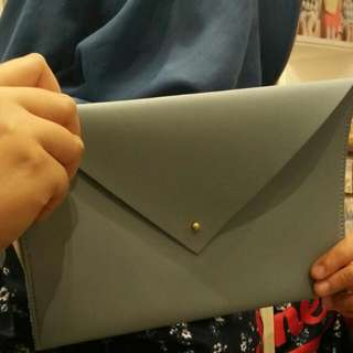 (Jastip) Clutch By Miniso