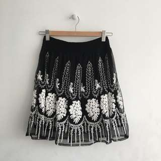 BNWT Zara Embroidered Circle Skirt