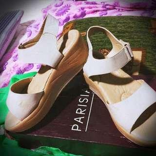 Parisian Sandals Size 7😁 Orig Prize Nia Po 750