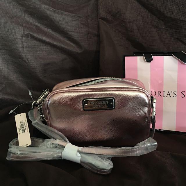 👛 AUTHENTIC Victoria's Secret mini cross body bag