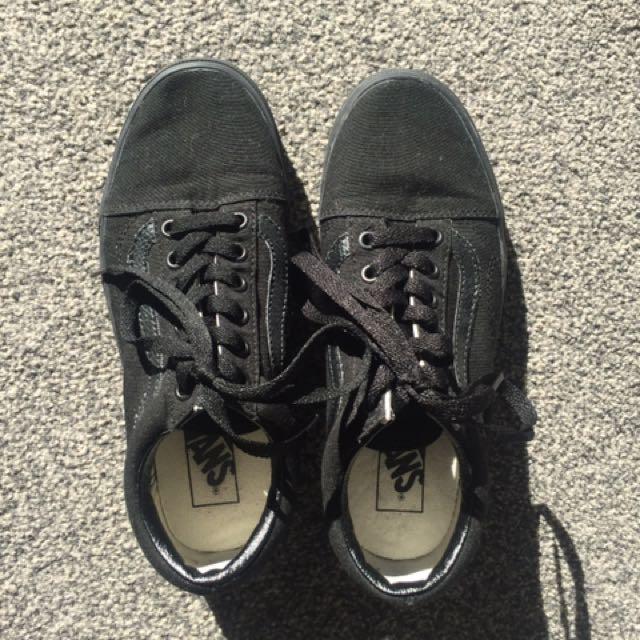 All Black Old Skool Vans