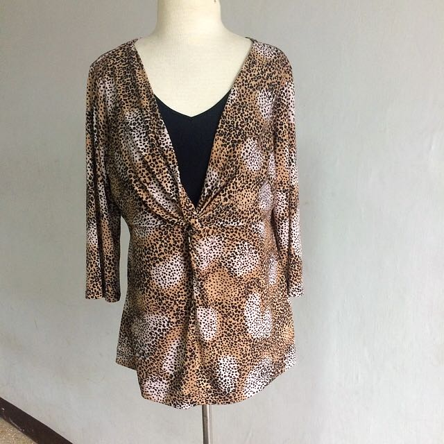 Animal Print 3/4 Sleeves Top With Faux Inner