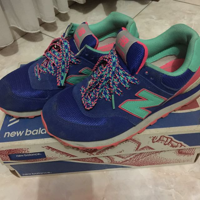 Authentic 100% Original New Balance 574 sz 37 (used by me)