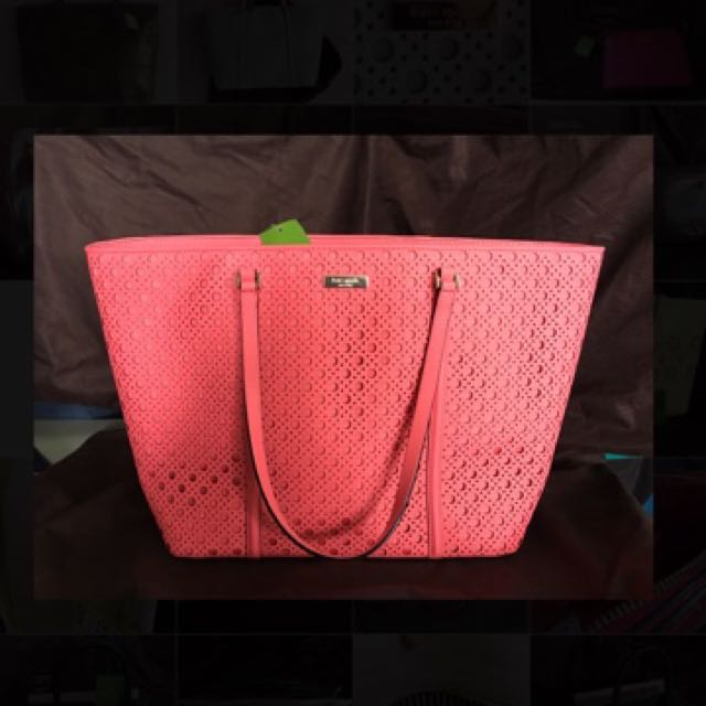 👜AUTHENTIC KATE SPADE ♠️