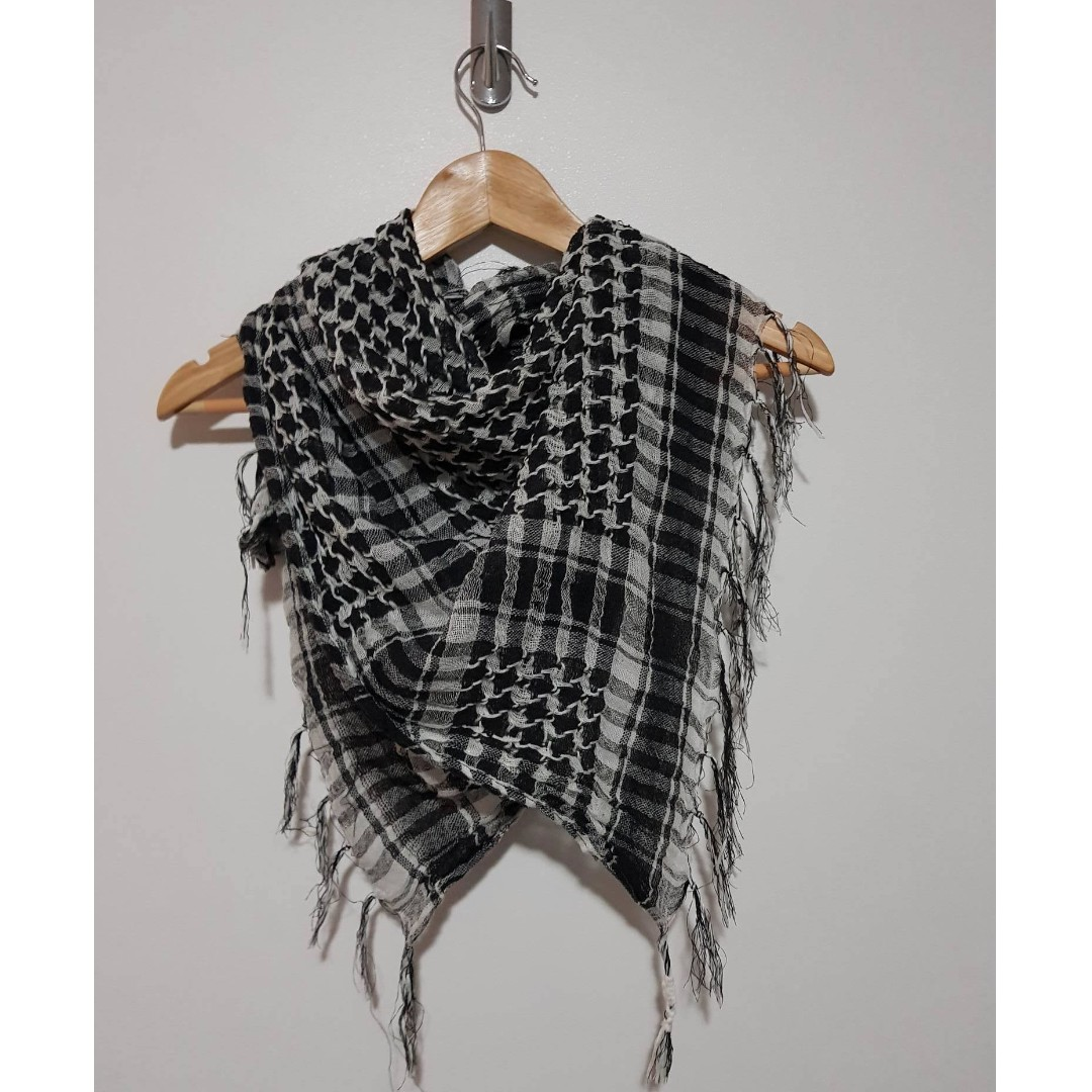 Black & White Checkered Scarf