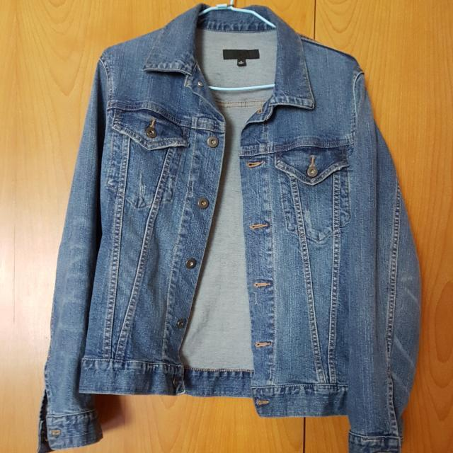Brand New Uniqlo Denim Jacket Women S Fashion Clothes Outerwear