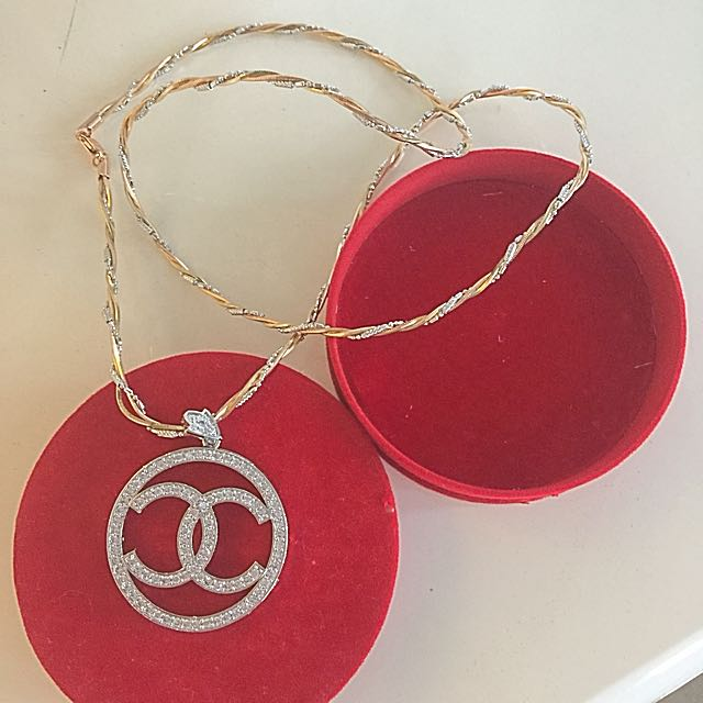 Chanel Long Necklace (replica)