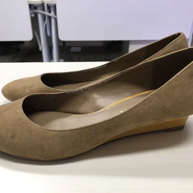 Charles And Keith Suede Wedges