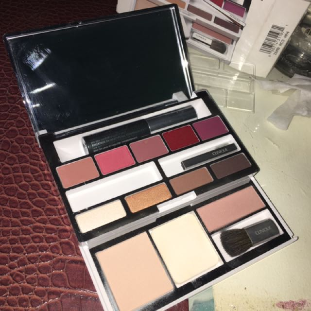 Clinique Make Up Set All In One Colour