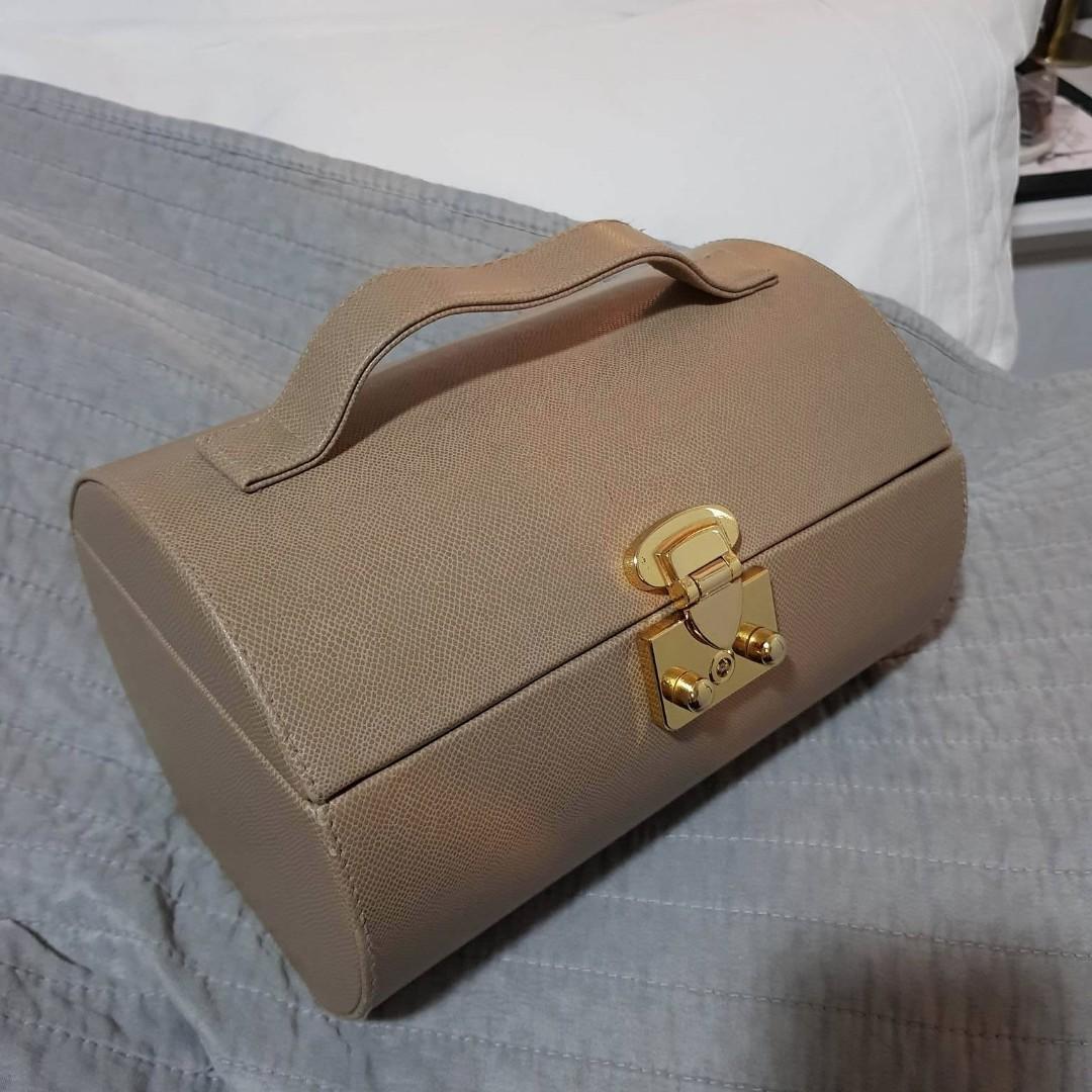 Estee Lauder Vintage Makeup Bag