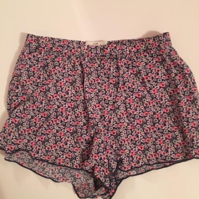 flowery flowy shorts