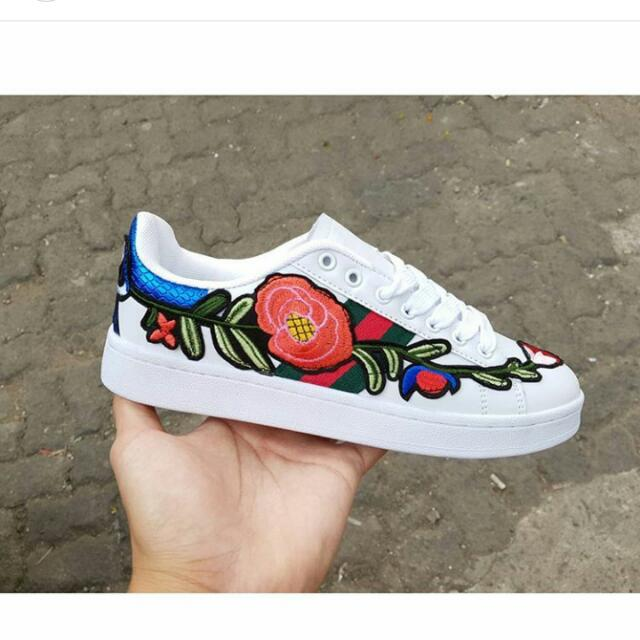 Gucci Floral Pattern Shoes